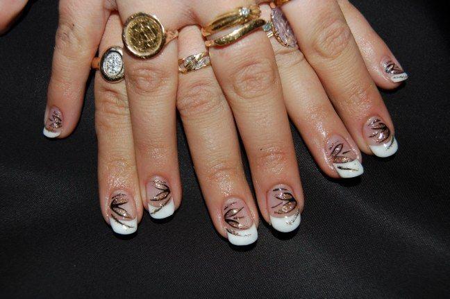 D couvrez toutes mes d corations d 39 ongles enti rements for Decoration ongle